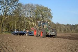 Bodenbearbeitung - Bild 1